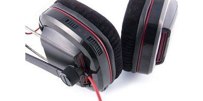 Plantronics GameCom 780 League of Legends