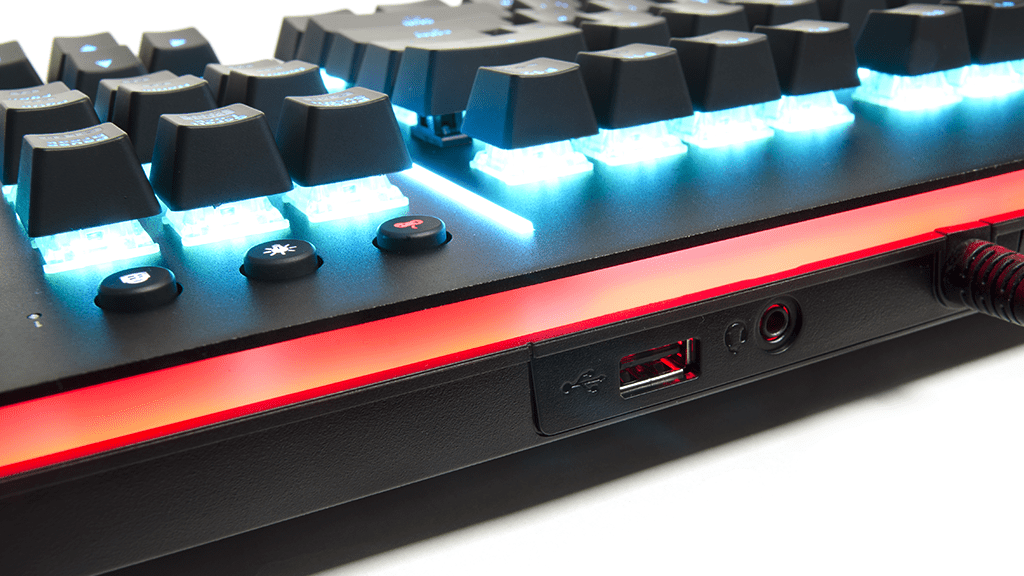 Порты аудио и USB Thermaltake Level 20 RGB Cherry MX Speed